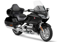 GL 1800 GOLD WING 18-->